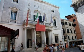 The Fenice Theater - Museums Venice